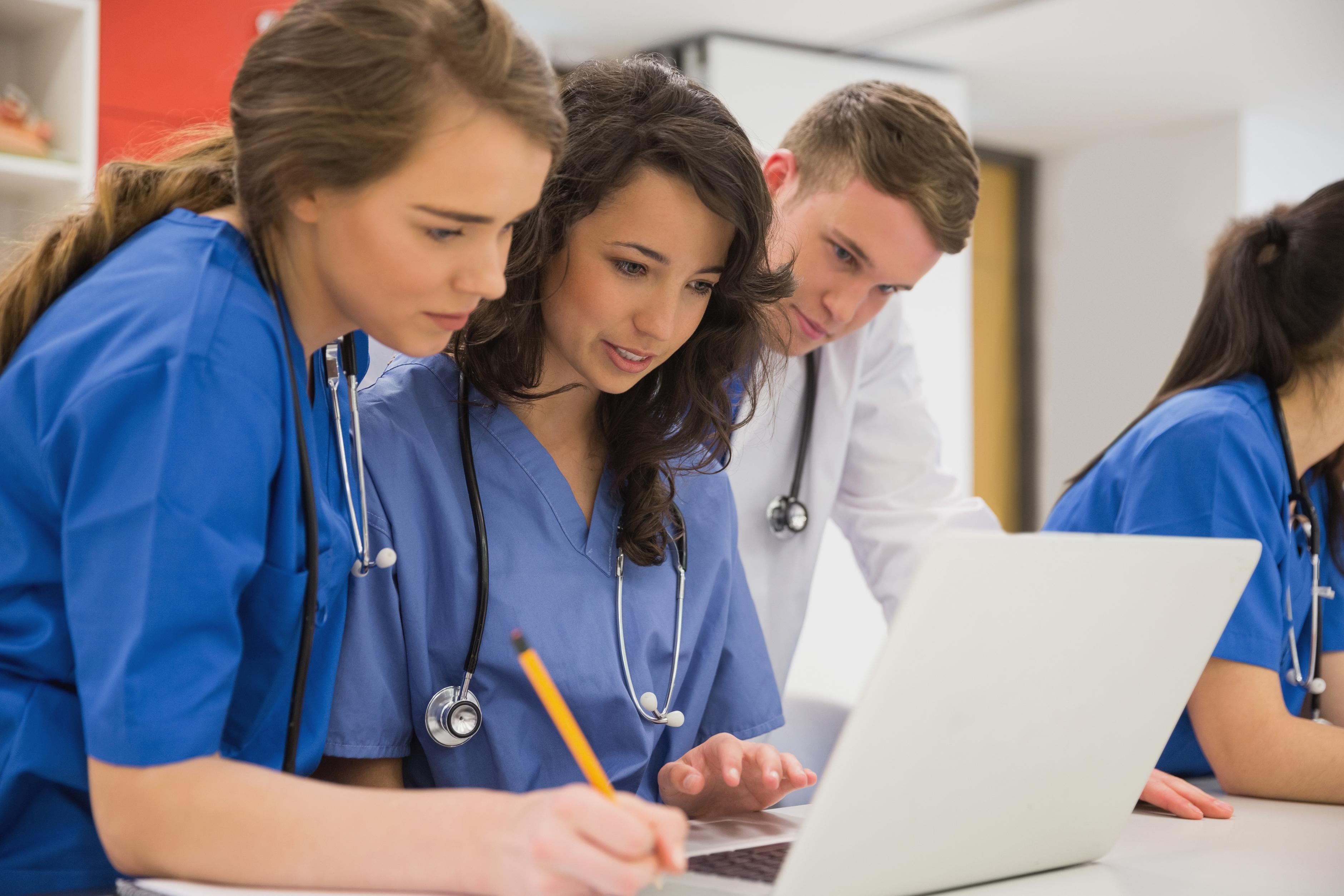 Обучение докторов