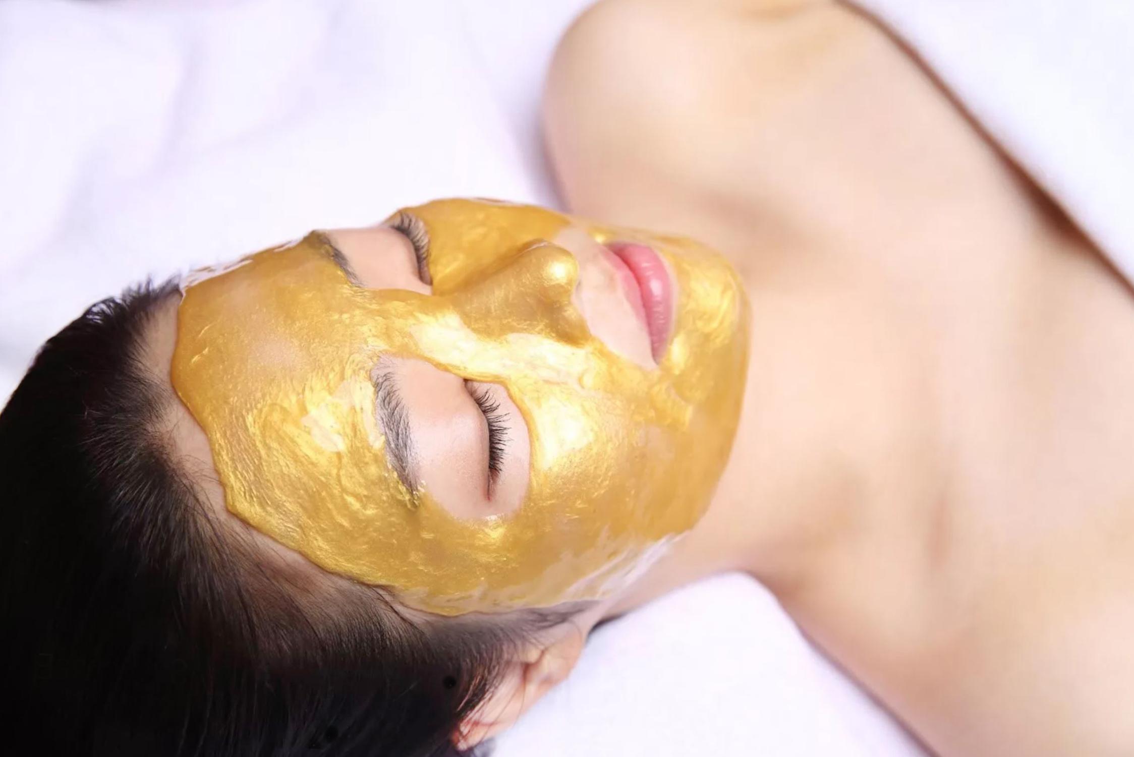 Золотая альгинатная маска